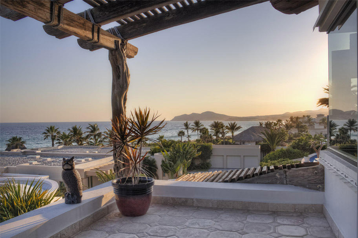 Cabo San Lucas Beach House For Financing